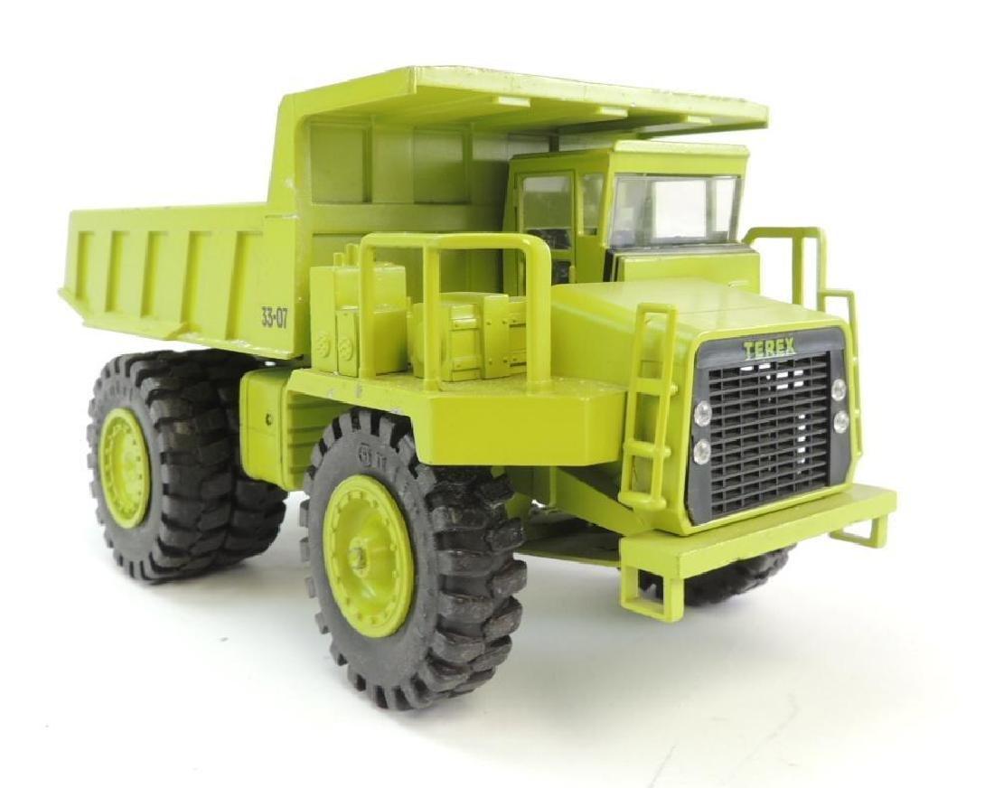 NZG Modelle Terex 33-07 Die-Cast Toy Dump Truck