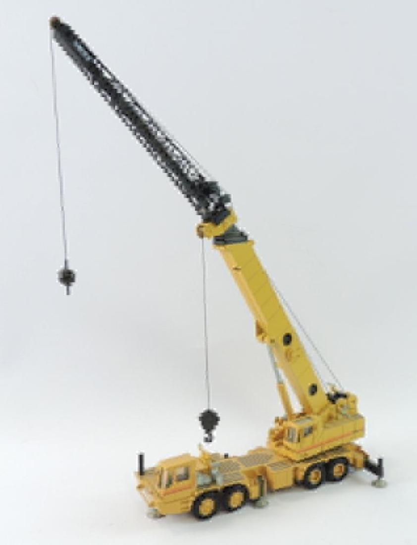NZG Modelle Grove RM9120 Die-Cast Replica Hydraulic