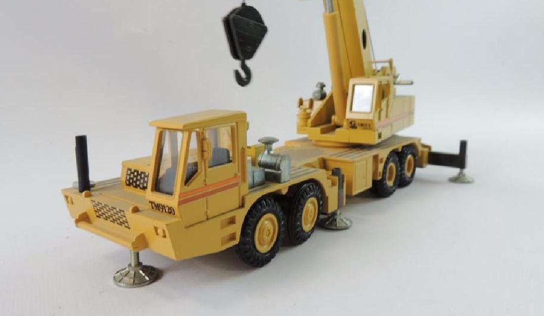 NZG Modelle Grove RM9120 Die-Cast Replica Hydraulic - 2