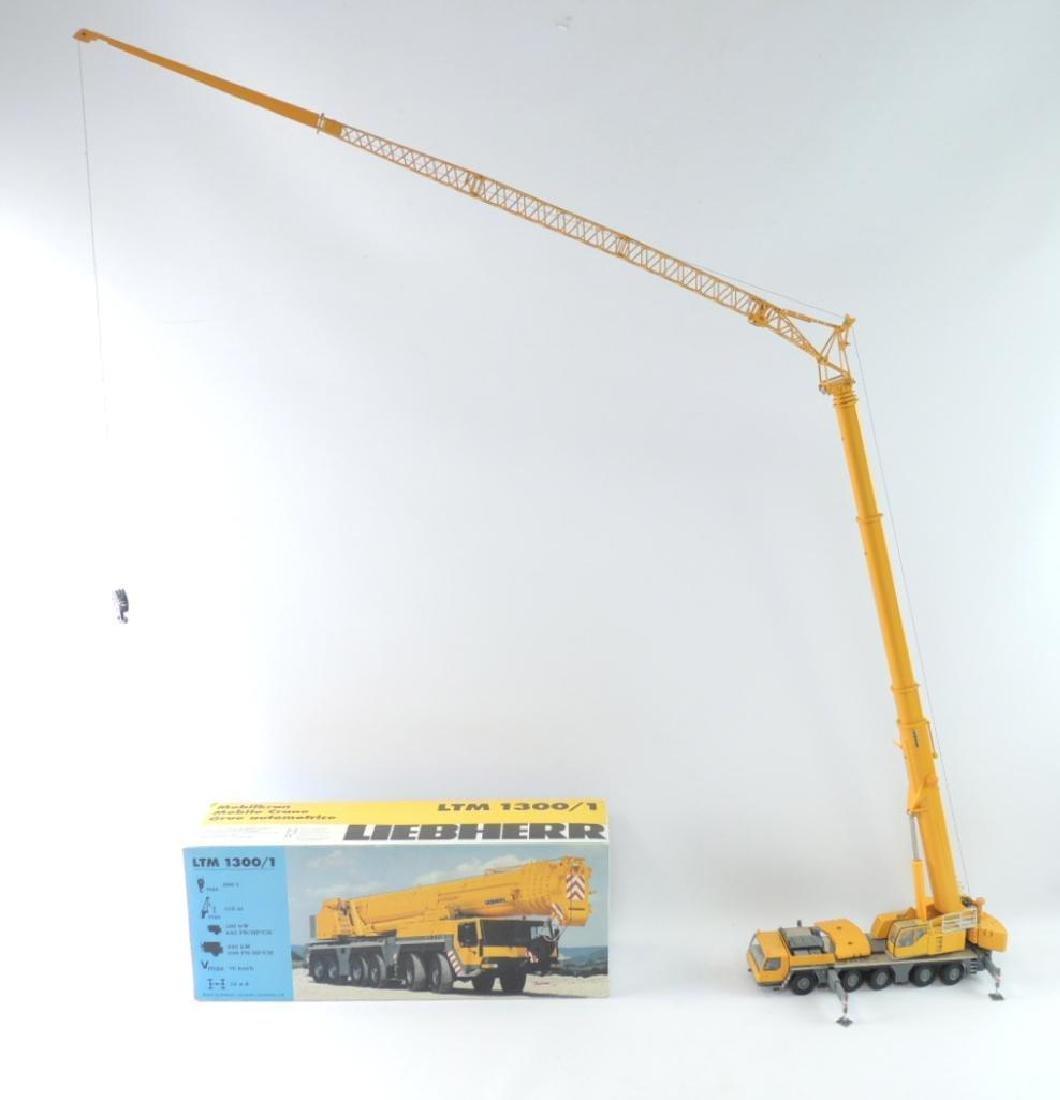 Conrad Liebherr LTM 1300/1 Die-Cast Replica Crane with