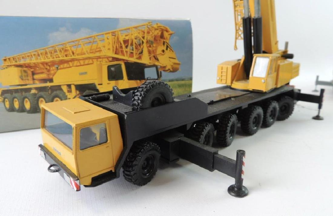 Group of 2 Conrad Liebherr Die-Cast Replica Mobile - 3