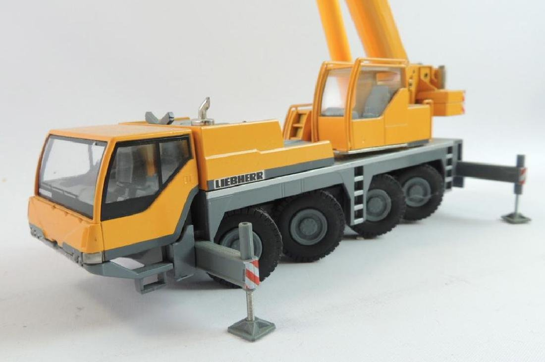 Group of 2 Conrad Liebherr Die-Cast Replica Mobile - 5