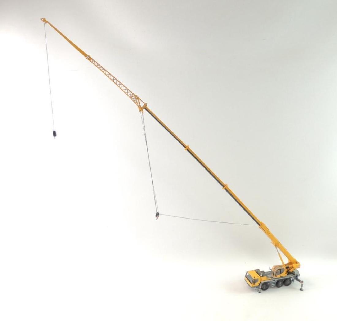 Liebherr LTM 1050-3.1 Die-Cast Replica Mobile Hydraulic