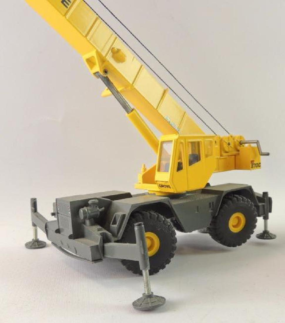 Group of 2 Grove Die-Cast Replica Mobile Hydraulic - 3
