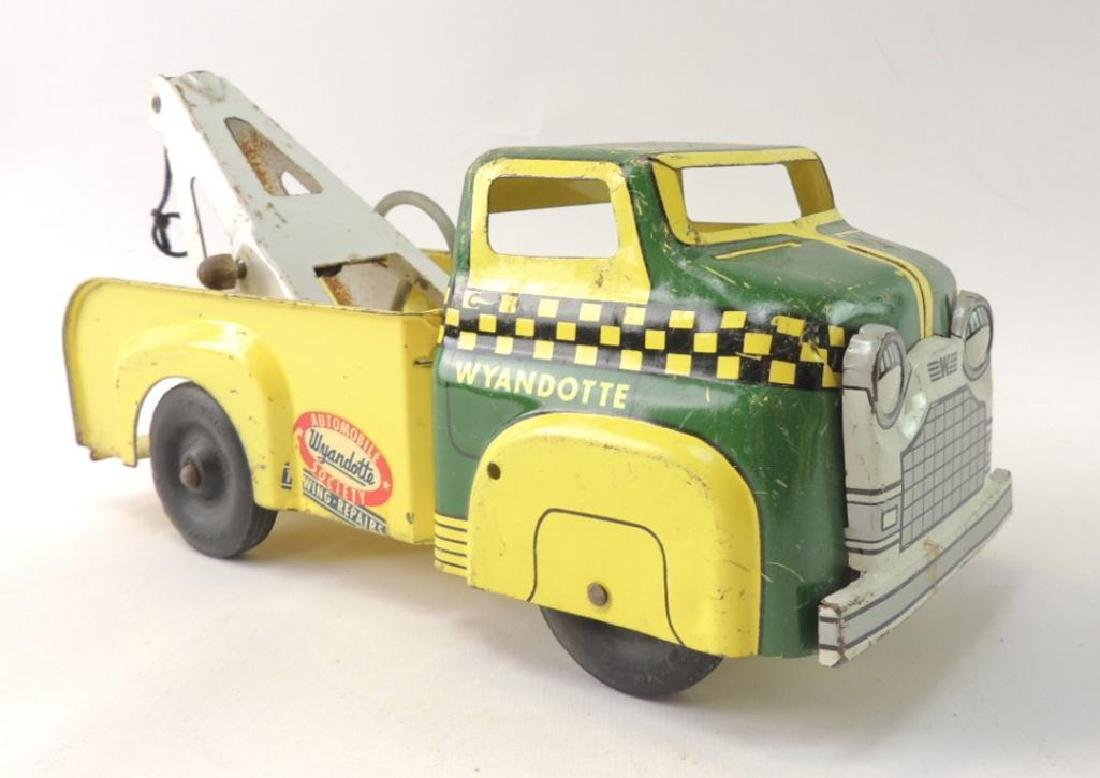Vintage Wyandotte Automobile Society Towing and Repair