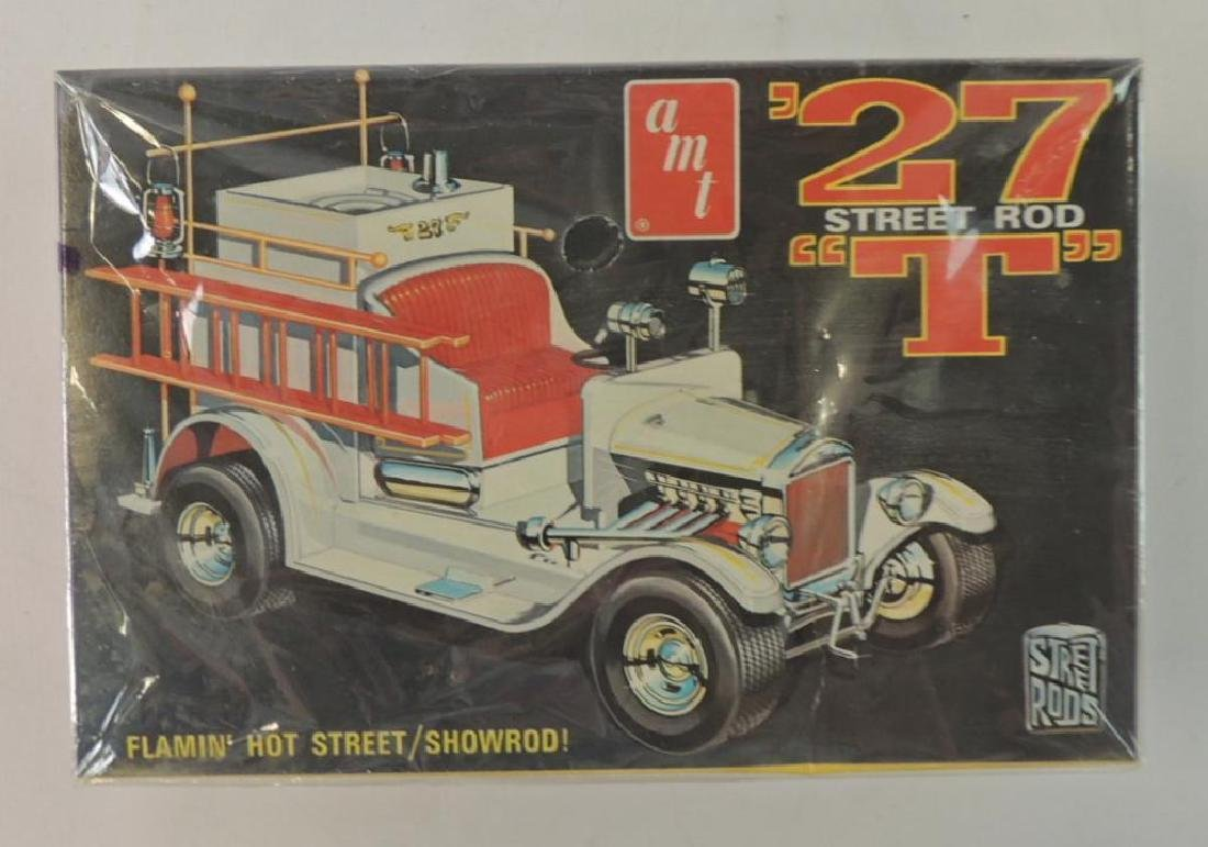 "Vintage AMT '27 Street Rod ""T"" 1/25 Scale Model Kit"