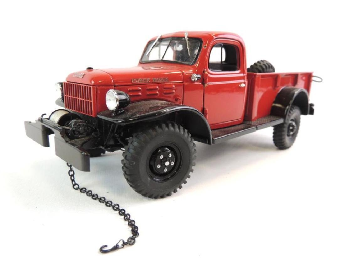 Danbury Mint 1946 Red Dodge Power Wagon Die-Cast Truck