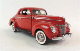 Danbury Mint 1940 Ford Deluxe DieCast Car