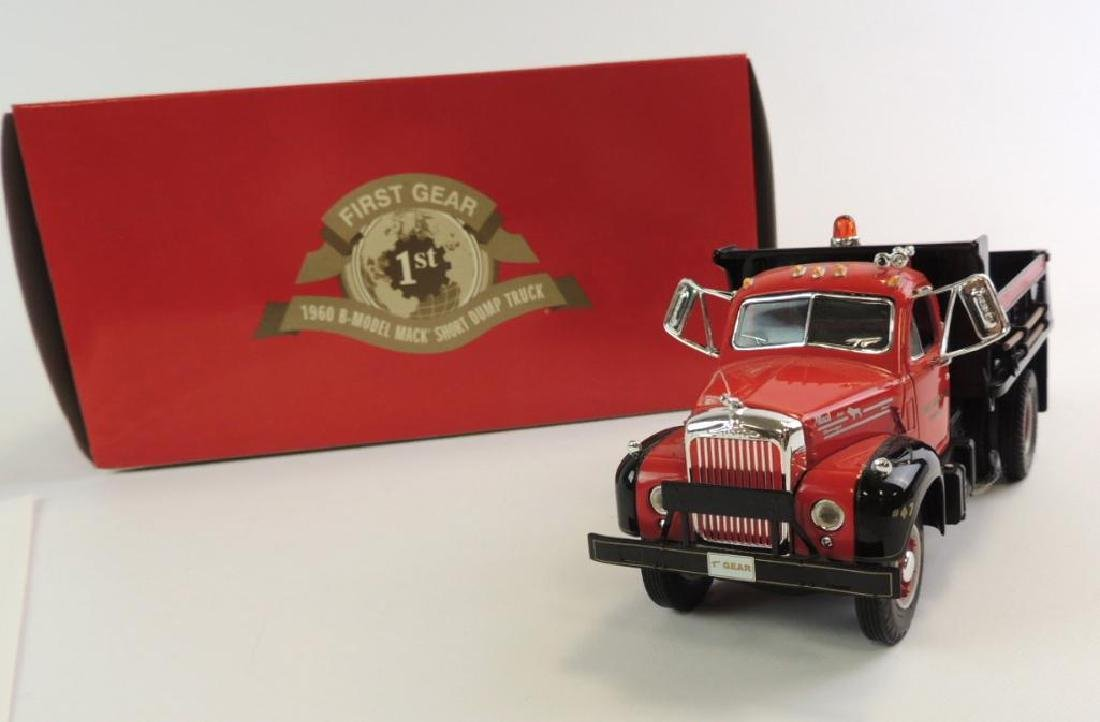 First Gear 1960 B-model Mack Die-Cast Truck