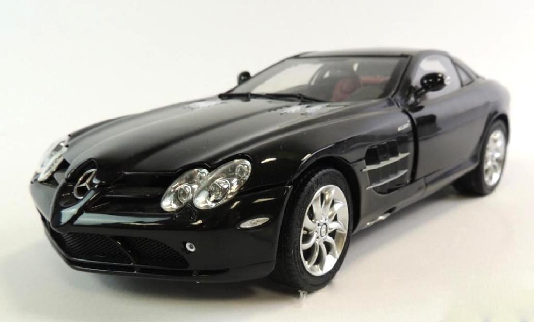 CMC Exclusive 2003 Mercedes-Benz Die-Cast Car