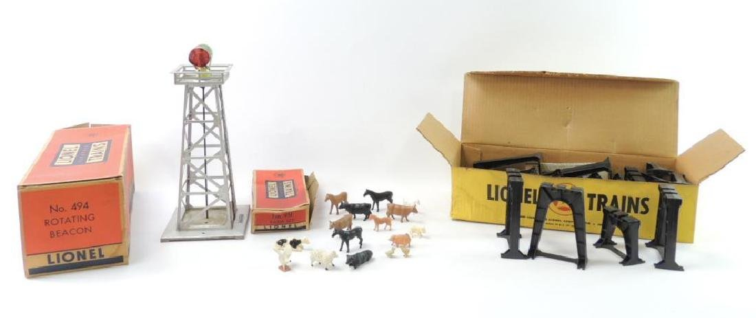 Group Of 3 Vintage Lionel O-Scale Accessories With