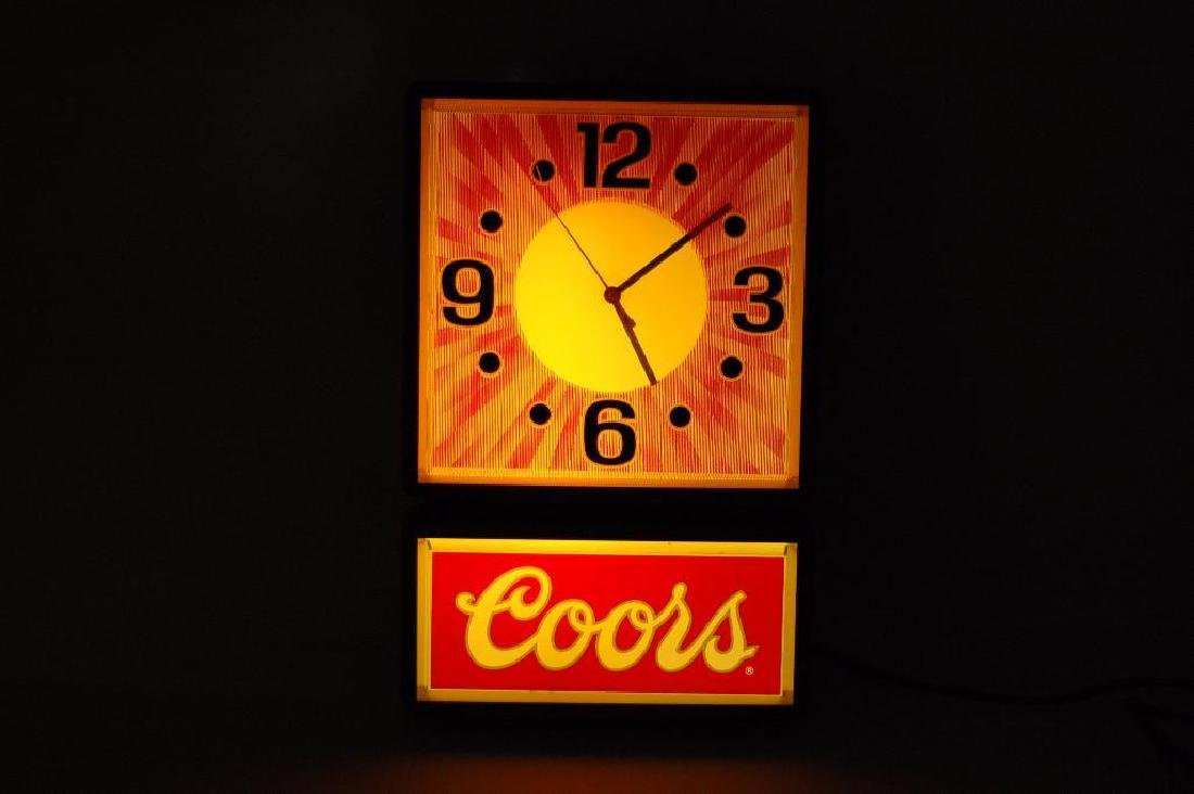 Vintage Coors Light Up Advertising Beer Clock - 2