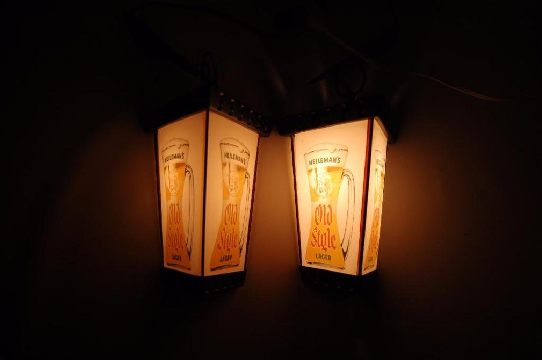 Pair of Vintage Heileman's Old Style Lager Light up - 2