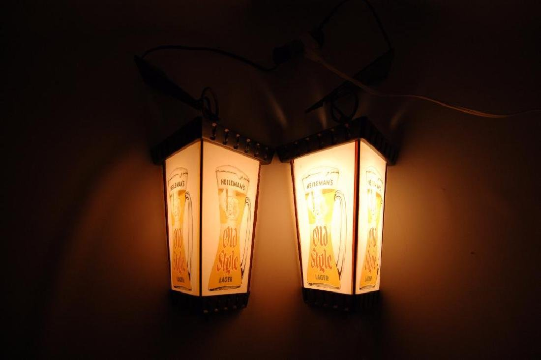 Pair of Vintage Heileman's Old Style Lager Light up - 3