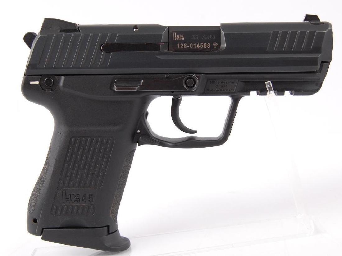 HK 45C .45 Auto Semi Automatic Pistol with Magazine and - 3