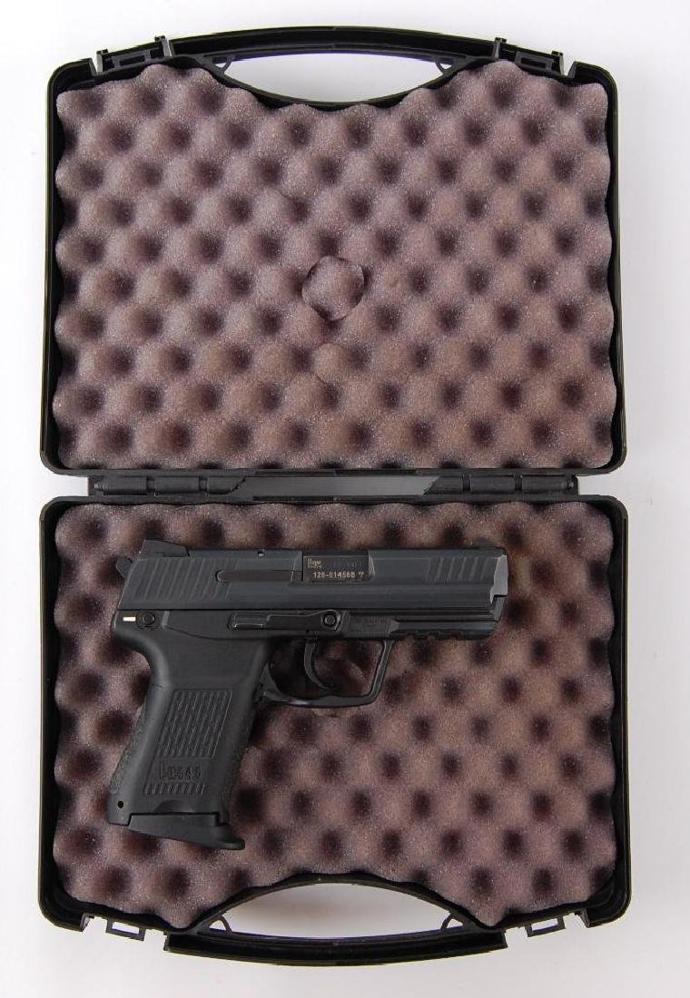 HK 45C .45 Auto Semi Automatic Pistol with Magazine and - 6