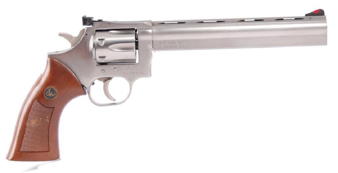 Dan Wesson Arms 357 Magnum CTG. Double Action Revolver