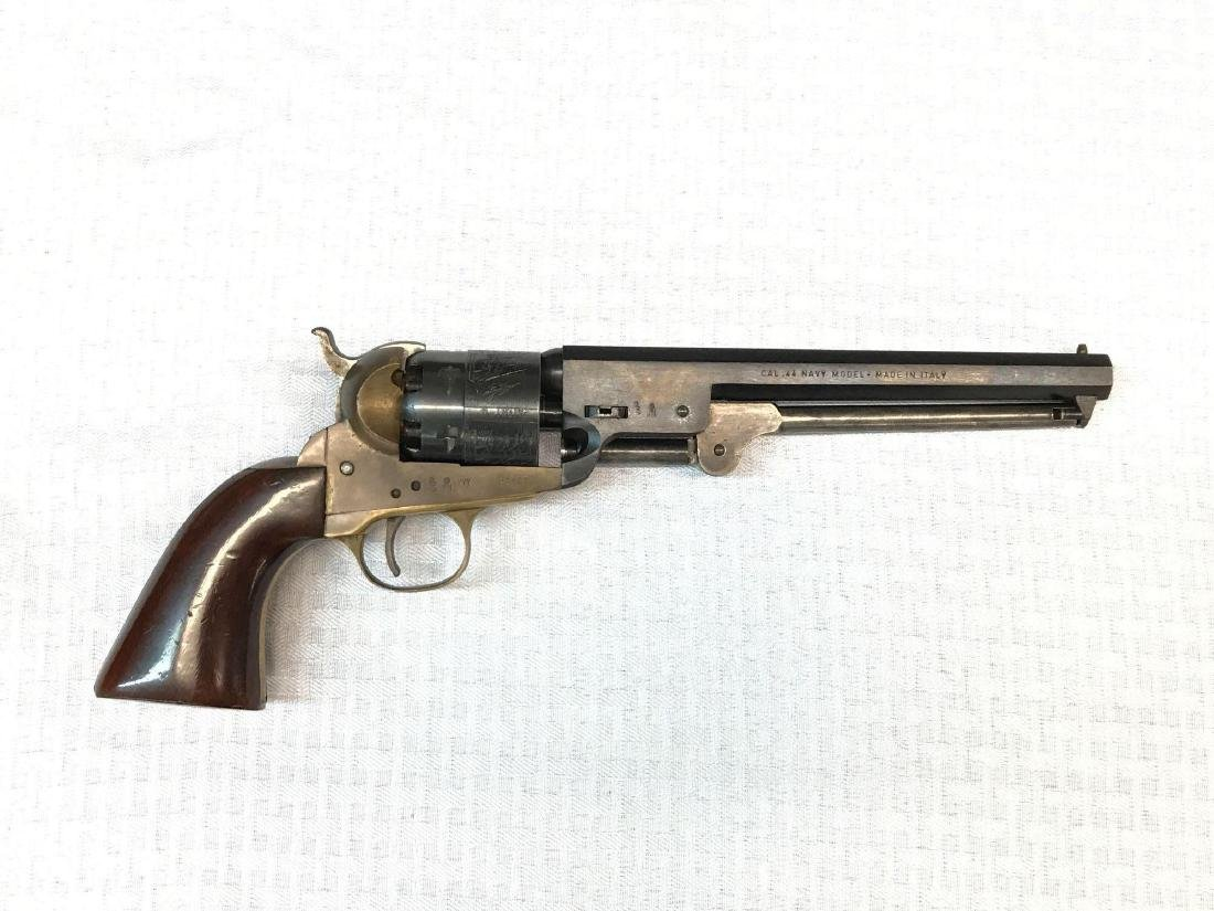 Italian made Cal .44 Navy model Blackpowder revolver