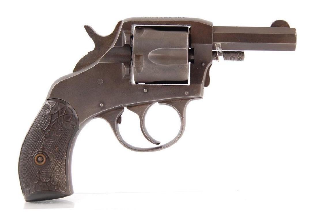 The American Bulldog .38 Special Revolver with Leather
