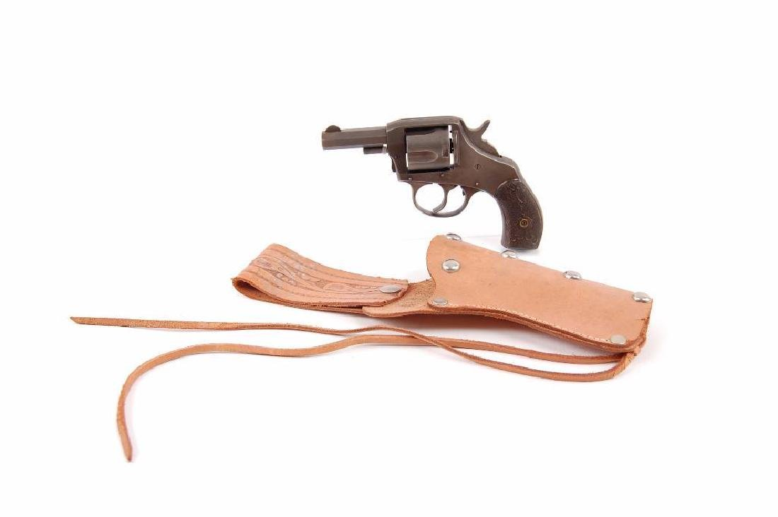 The American Bulldog .38 Special Revolver with Leather - 3