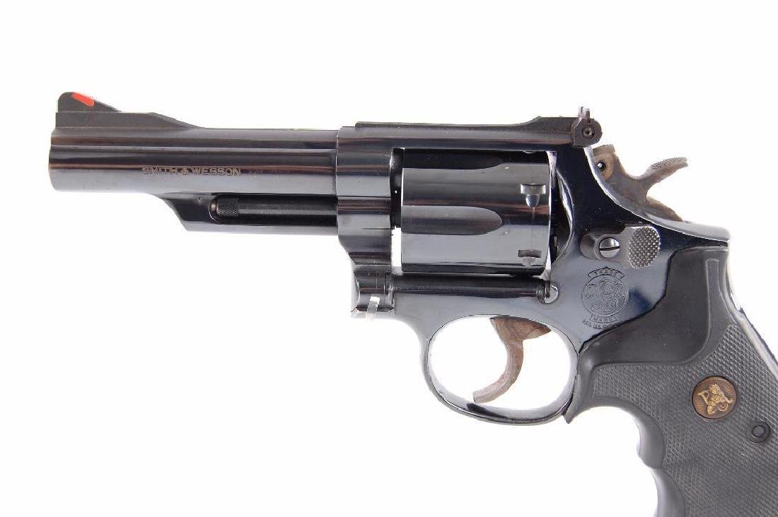 Smith & Wesson Model 19-5 357 Magnum Double Action - 2