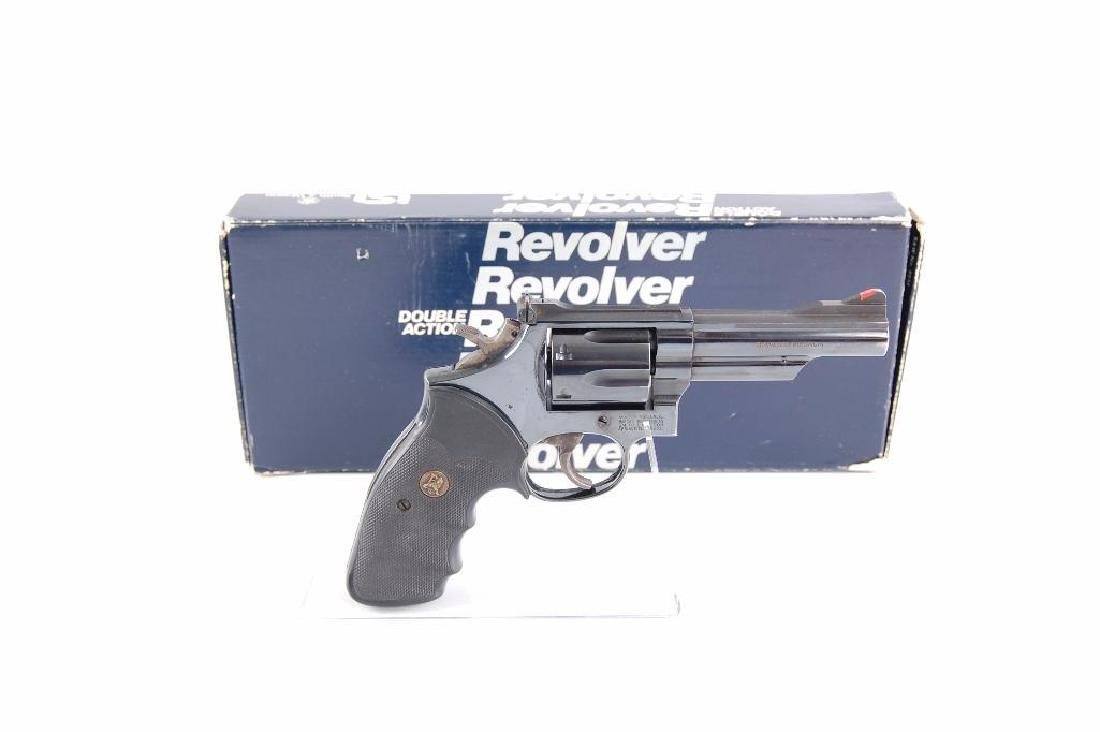 Smith & Wesson Model 19-5 357 Magnum Double Action - 5