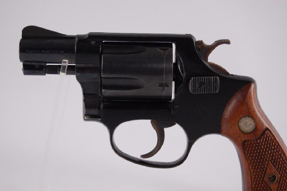 Smith & Wesson Airweight .38 Special Snub Nose Double - 2