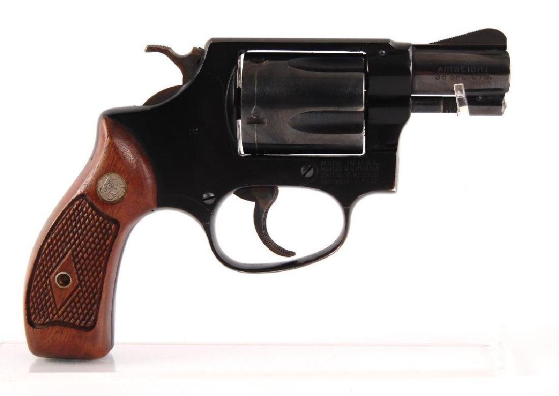 Smith & Wesson Airweight .38 Special Snub Nose Double - 3