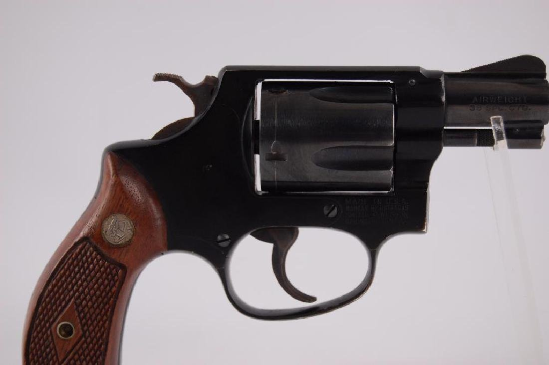 Smith & Wesson Airweight .38 Special Snub Nose Double - 4