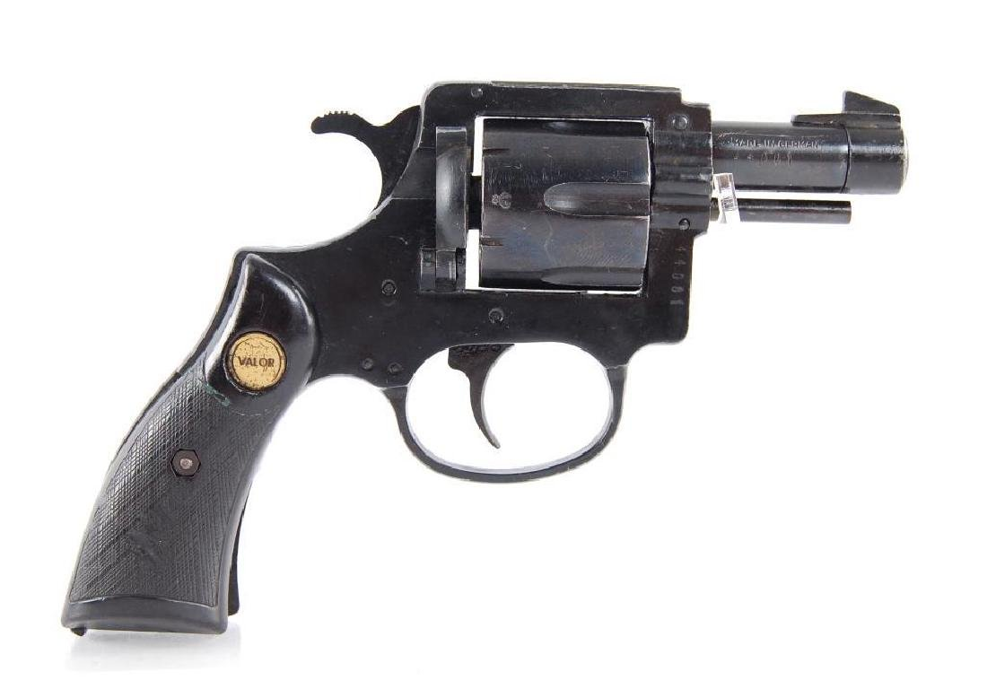 Valor .32 S&W Double Action Revolver - 2