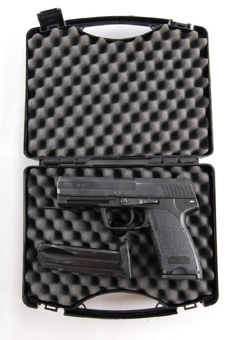 Heckler & Koch USP .45 Auto Semi Automatic Pistol with - 4