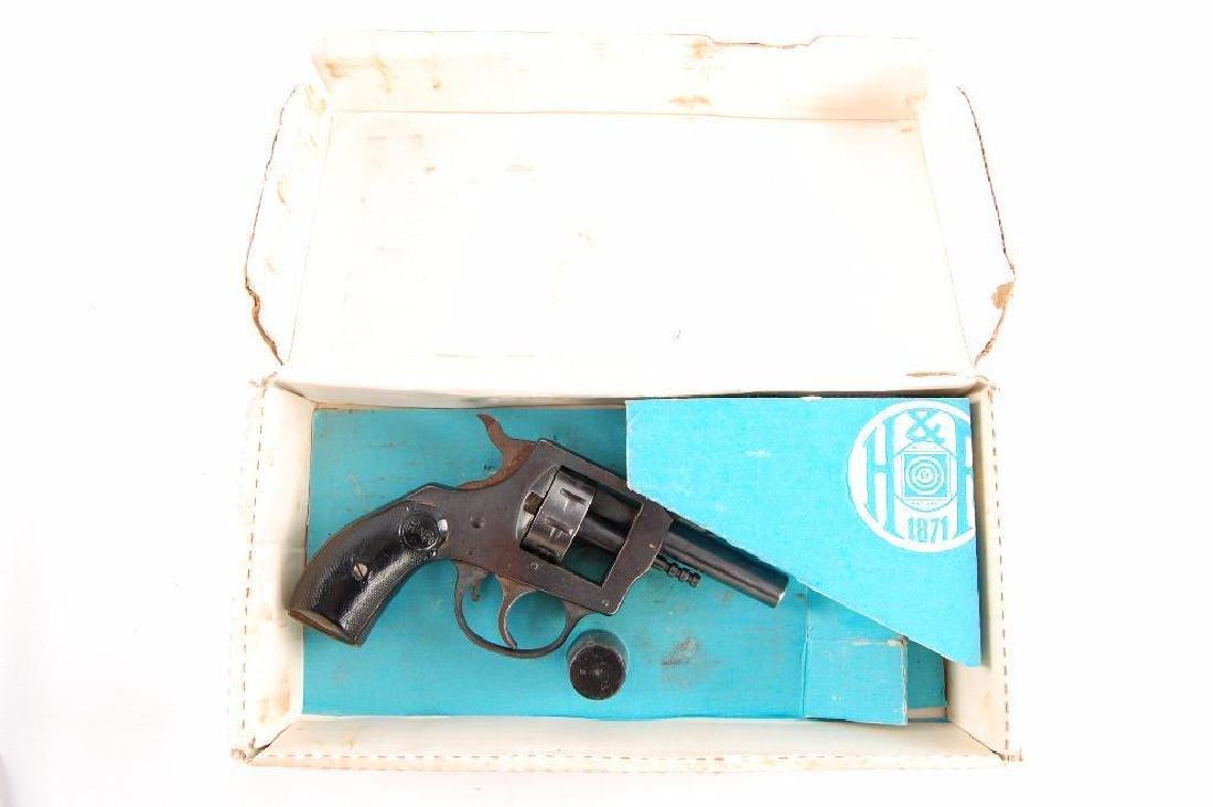 Harrington & Richardson Inc. Model 970 Starter Pistol - 2