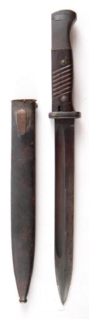 WW2 German Bayonet with Scabbard - 2