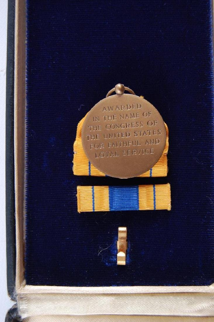 U.S. Army Selective Service Medal with Bar and Case - 3