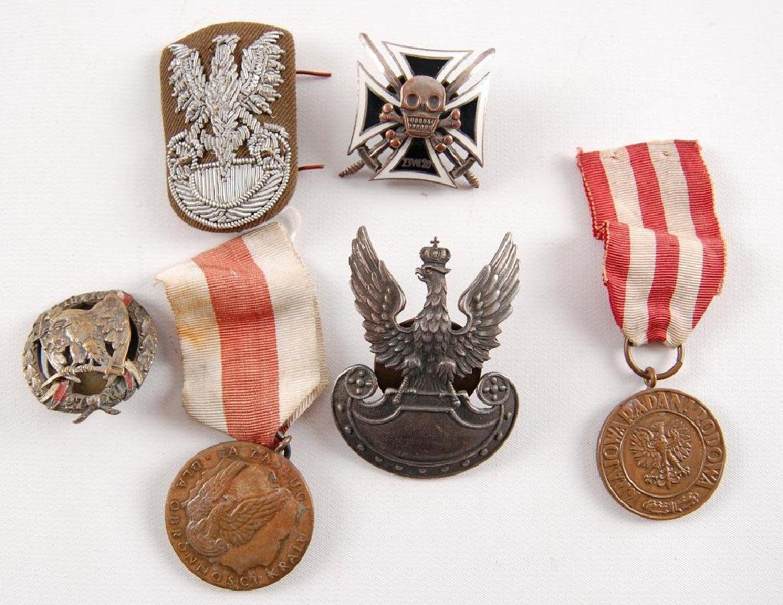 Group of 6 WW2 Polish Hat Badges and Medals
