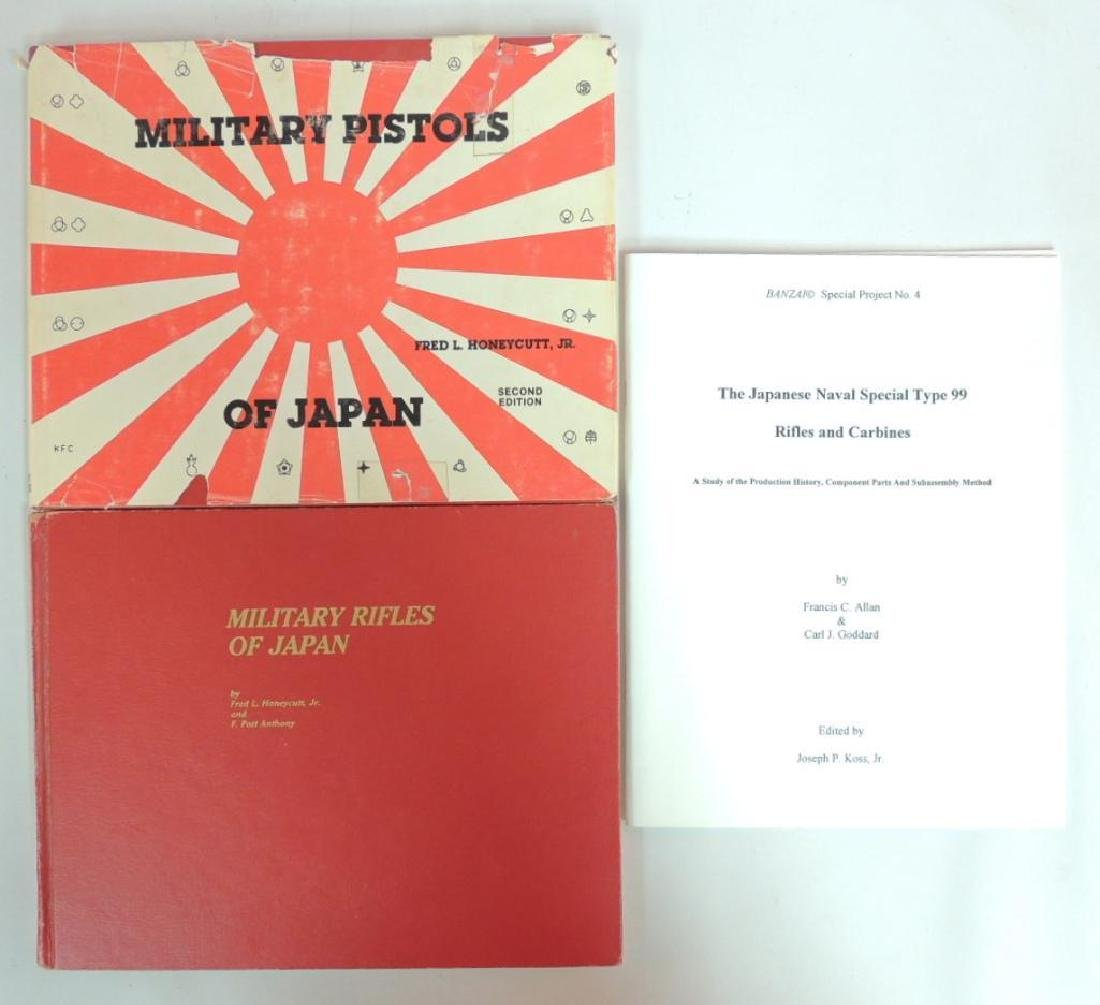 Group of 3 WW2 Japanese Gun Reference Publications