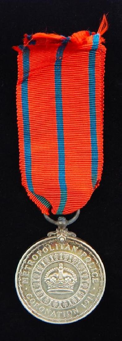 Group of 2 British Coronation Medals for George V - 5