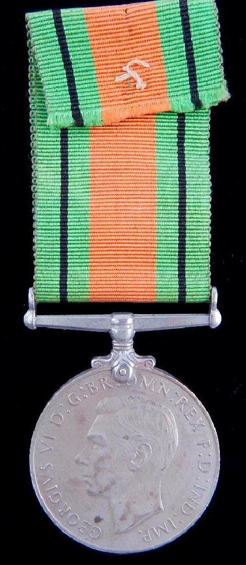 Group of 2 WW2 British Medals - 3