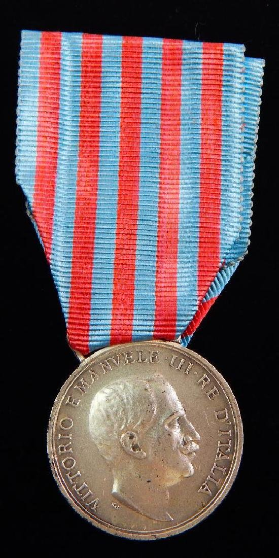 Group of 3 Pre-WW2 Italian Medals - 4