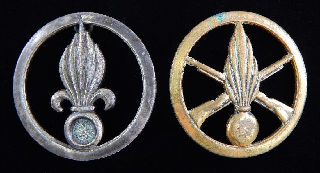 French Medal Lot and 2 Beret Badges - 8