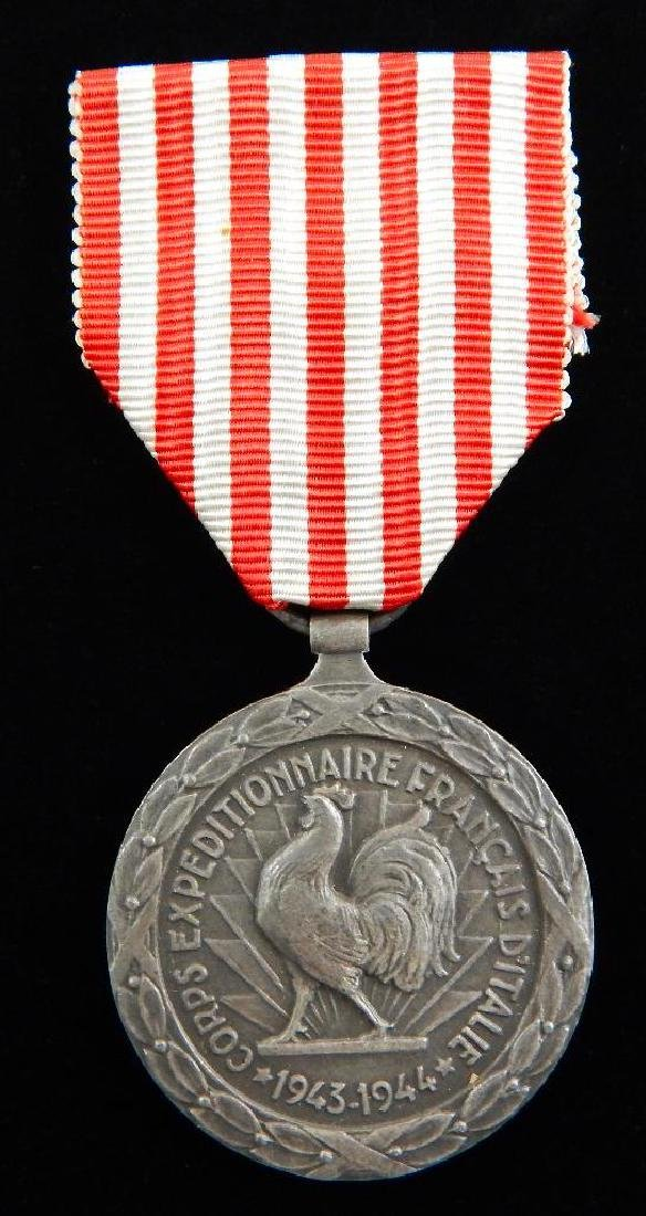 Group of 4 French Medals - 6