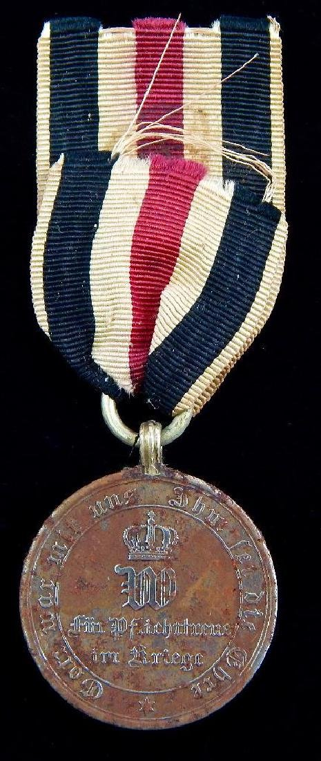 Group of 4 WWI and Pre-WWI German Medals - 8