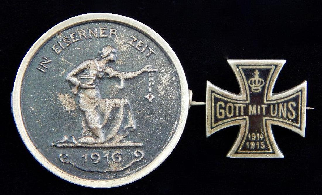 "Group of 2 Pins : ""Gold for Iron"" and Iron Cross"