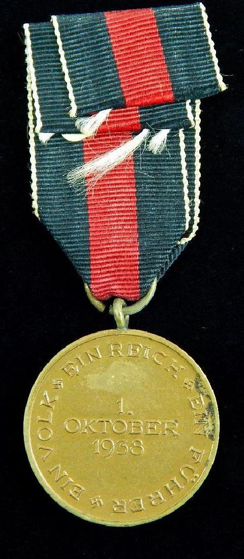 Group of 2 German Third Reich Medals - 2
