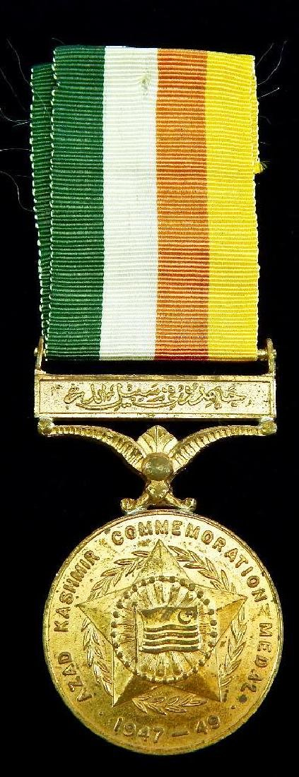 Group of 10 India and Pakistan Medals - 10