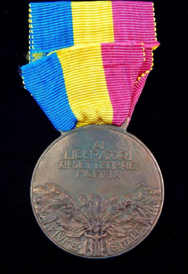 Group of 4 Italian Medals - 3