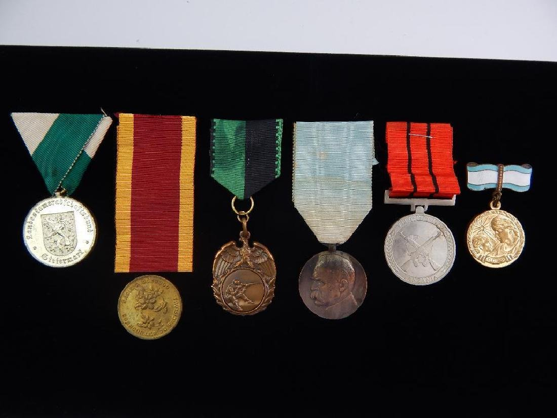 Group of 6 World Medals
