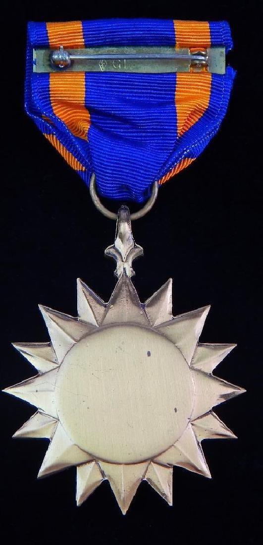 Group of 12 U.S. Vietnam Medals - 7
