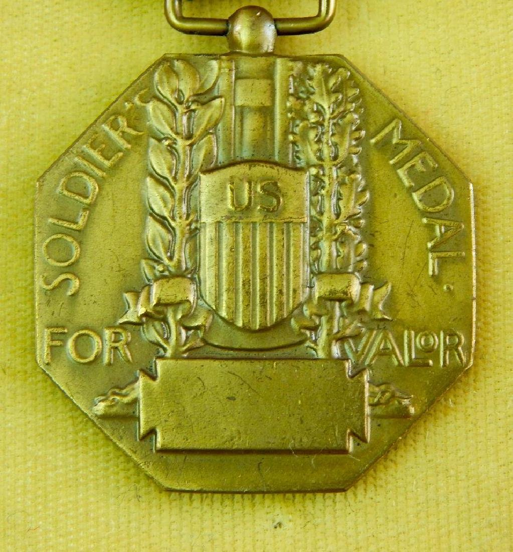 Boxed WW2 Soldiers Medal - 2