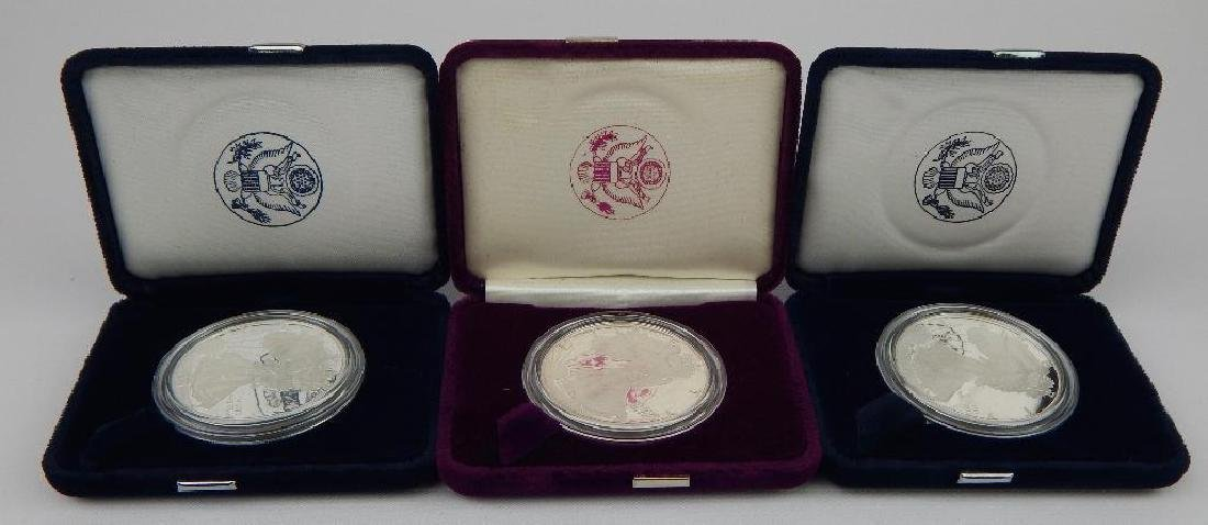 Lot of 3 : American Silver Eagles - 3